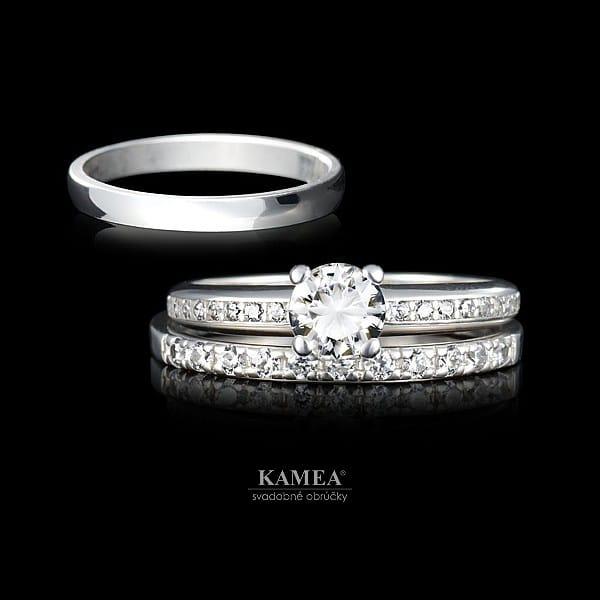 zásnubný prsteň s obrúčkou