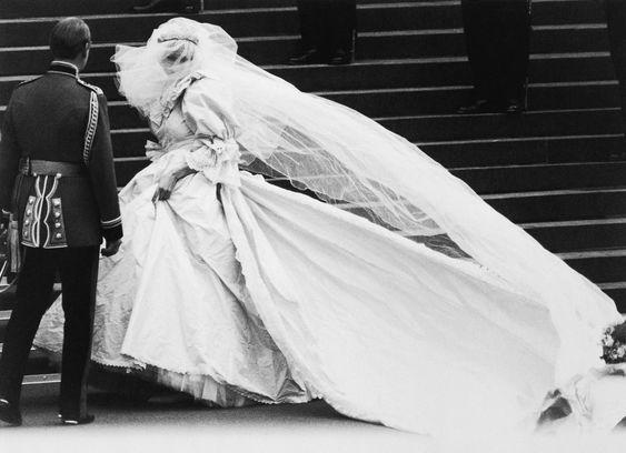 princ charles, princess diana, wedding, wedding dress