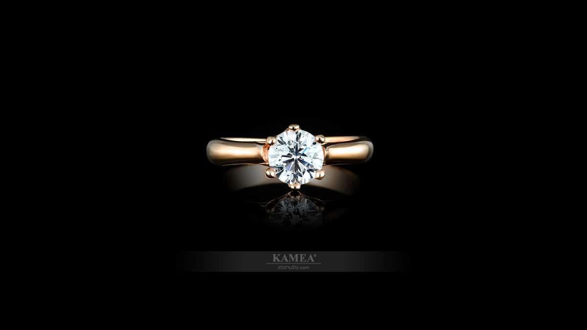 Okrúhly diamant vsadený do prsteňa | Classic collection KAMEA 4ZP