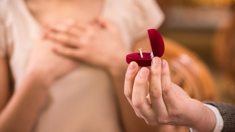 zásnubný prsteň