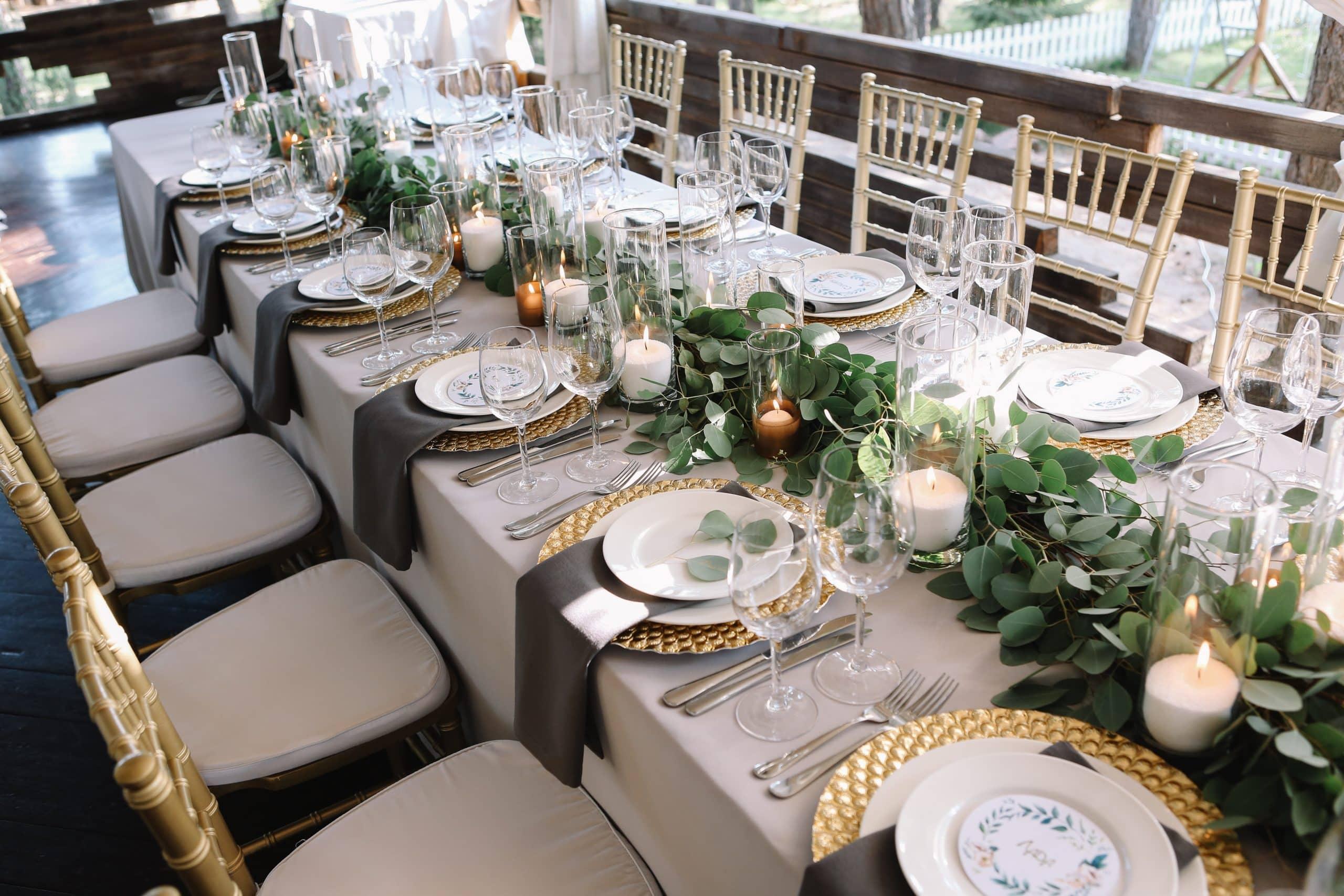 svadba stolovanie